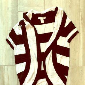 Short sleeved shrug sweater